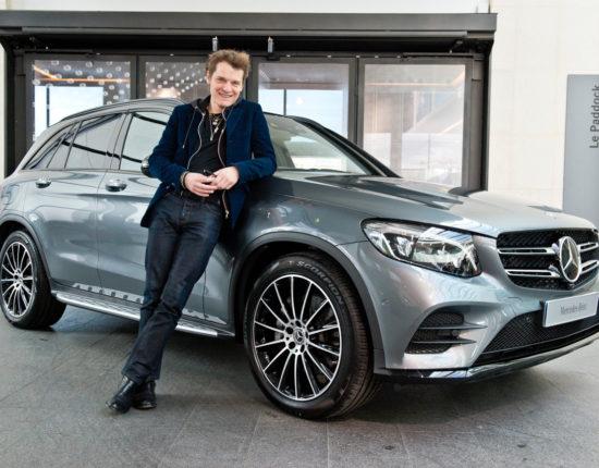 Placement de produit : Club ambassadeurs Mercedes avec Benabar